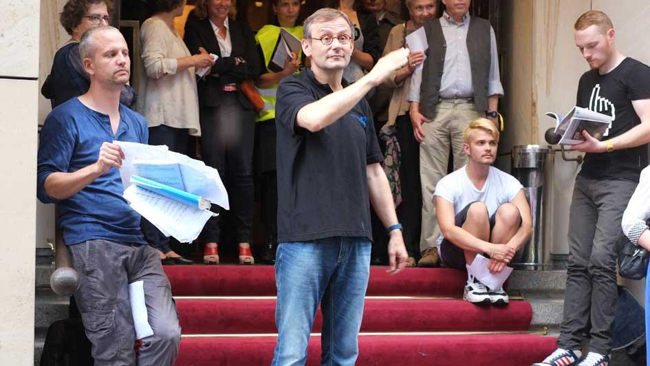 Simon Halsey & Nicolas Fink stehen im Trockenen …